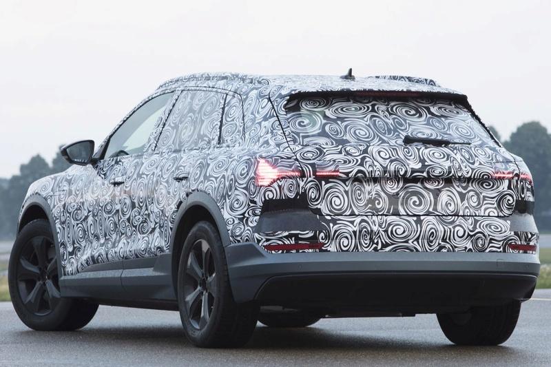 2018 [Audi] E-Tron Quattro Pniyto10