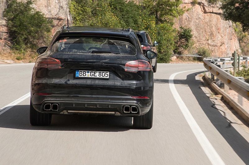 2016 - [Porsche] Cayenne III - Page 3 Porsc103