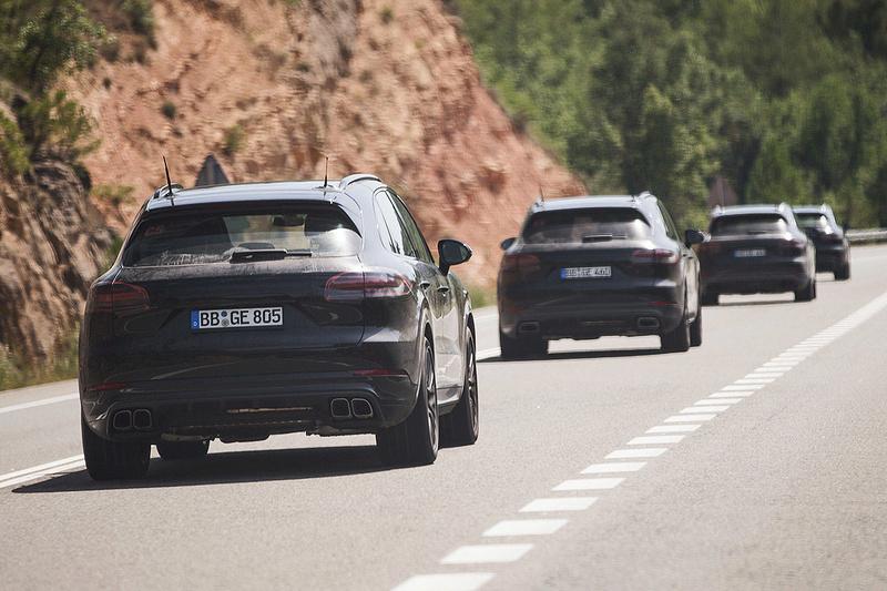 2016 - [Porsche] Cayenne III - Page 3 Porsc105