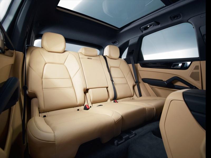 2016 - [Porsche] Cayenne III - Page 3 Porsc116