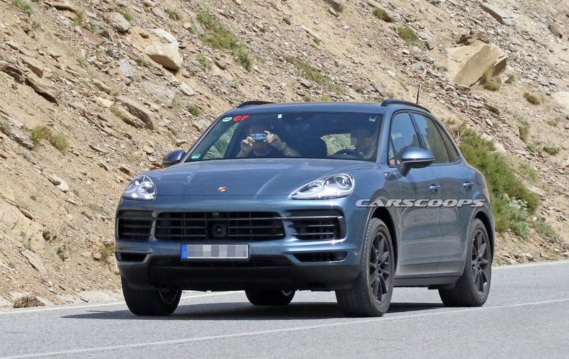 2016 - [Porsche] Cayenne III - Page 2 Porsch51