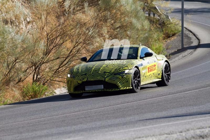 2017 - [Aston Martin] Vantage Primer17