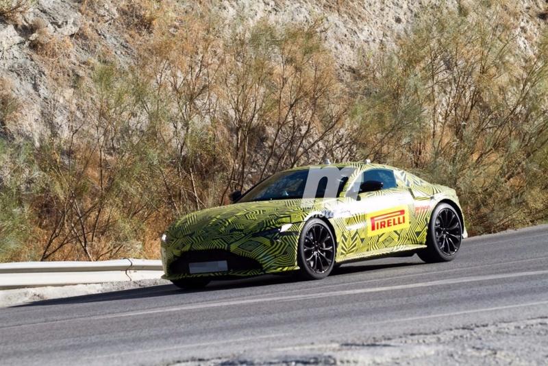 2017 - [Aston Martin] Vantage Primer18