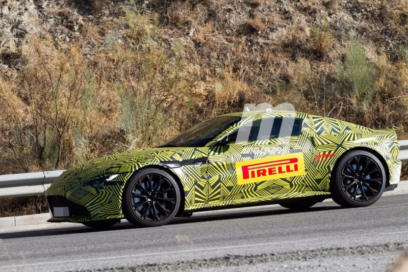 2017 - [Aston Martin] Vantage Primer20