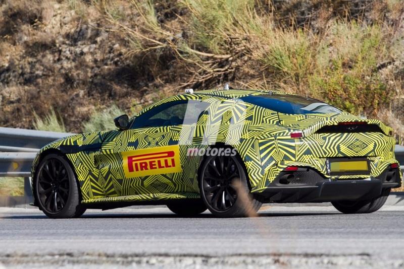 2017 - [Aston Martin] Vantage Primer21