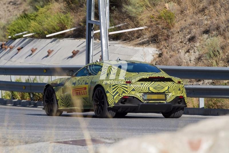 2017 - [Aston Martin] Vantage Primer22