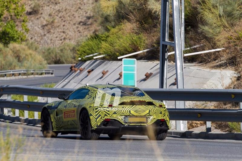 2017 - [Aston Martin] Vantage Primer23