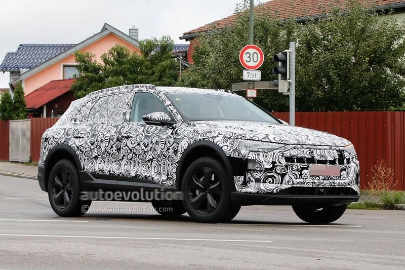 2018 [Audi] E-Tron Quattro - Page 2 Spysho12
