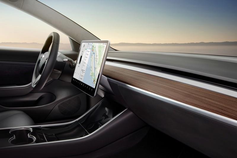 2016 - [Tesla] Model III - Page 8 Tesla-12