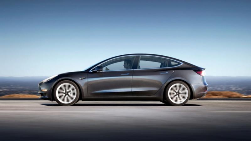 2016 - [Tesla] Model III - Page 8 Tesla-16