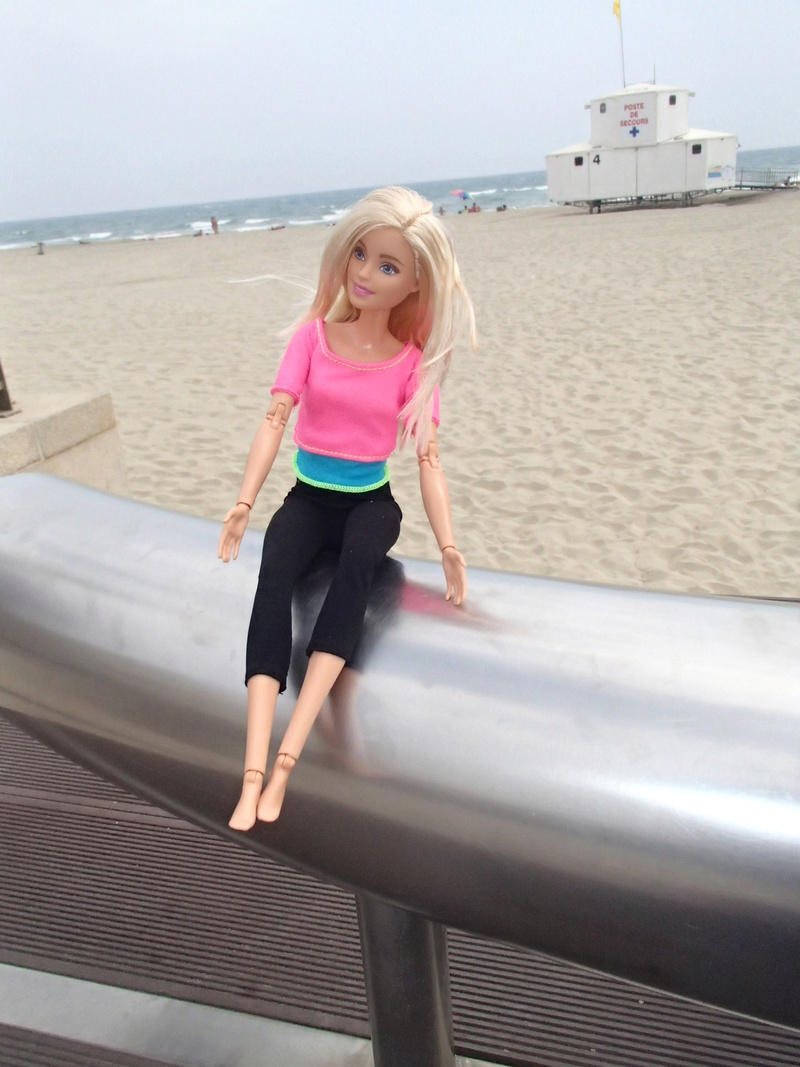Youpi, voici ma 1ere vrai Barbie ARTICULEE 2019-044