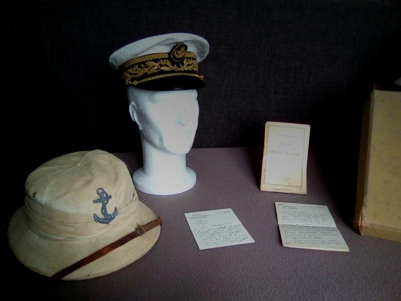 Ma collection : uniformes-coiffures-archives de la Coloniale et la colonisation - Page 9 Img_2055