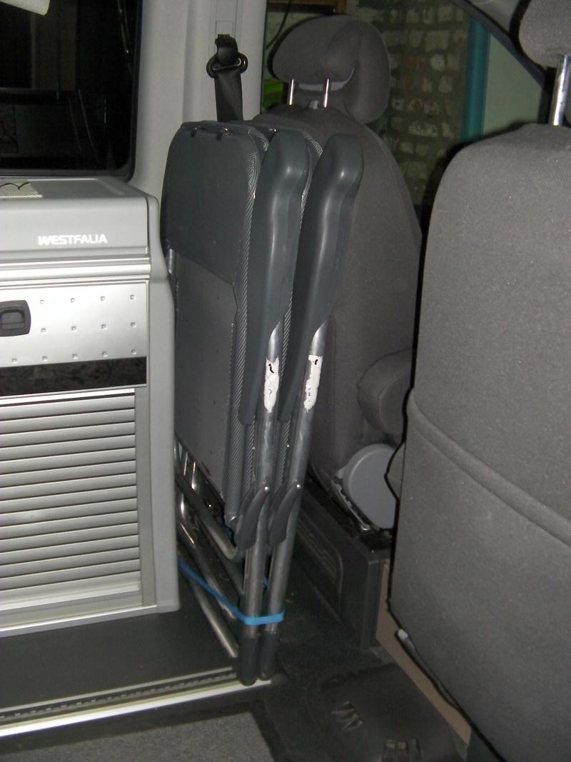 Des chaises tout confort qui servent de transat et qui ne prennent pas de place Sany0210