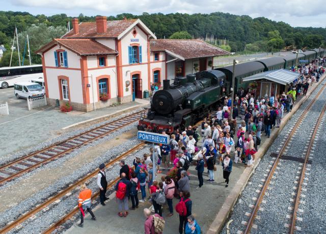 Une remontée de Paimpol à Pontrieux à toute vapeur  Tbr17010