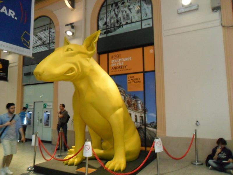 Le chien de la gare saint-Lazare Sam_0412