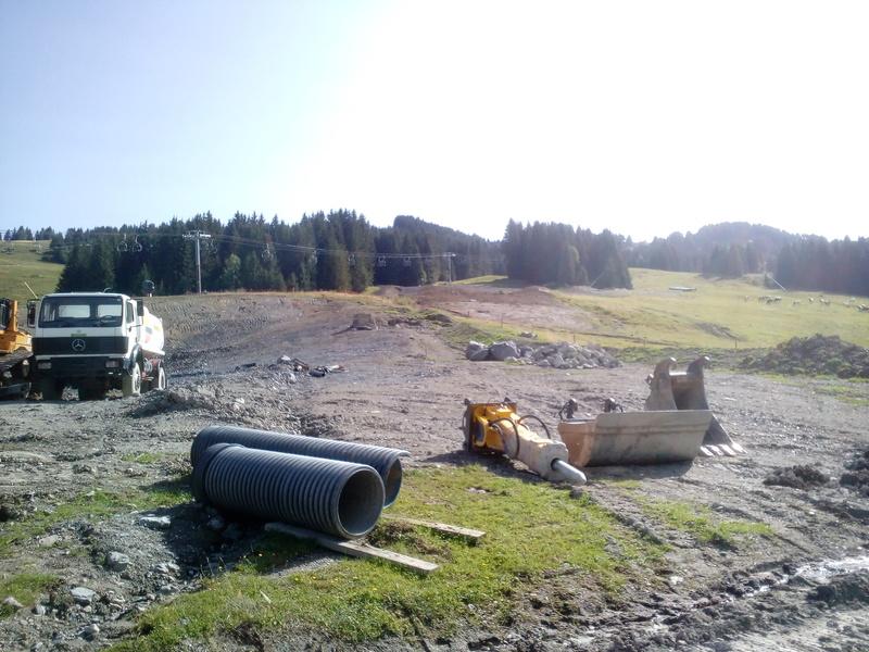 Construction du télésiège débrayable 6 places (TSD6) du Ranfoilly - Les Gets (Portes du Soleil) Img_2022