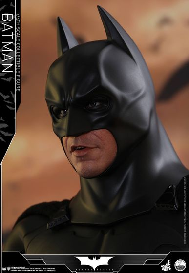 Batman Begins 1/4 (Hot Toys) 01484310