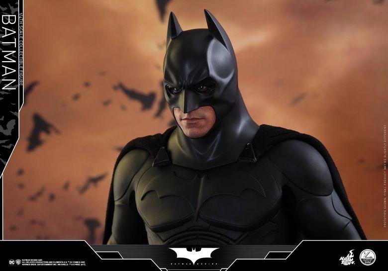 Batman Begins 1/4 (Hot Toys) 01490110