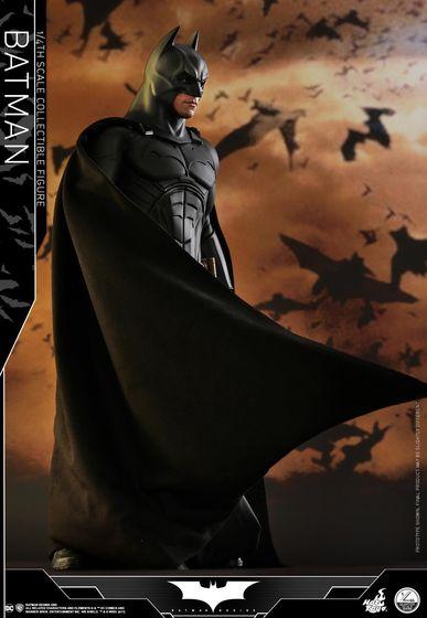 Batman Begins 1/4 (Hot Toys) 01491010