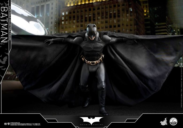 Batman Begins 1/4 (Hot Toys) 01500210