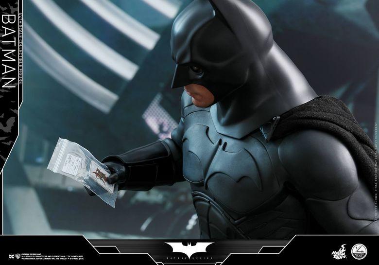 Batman Begins 1/4 (Hot Toys) 01501810
