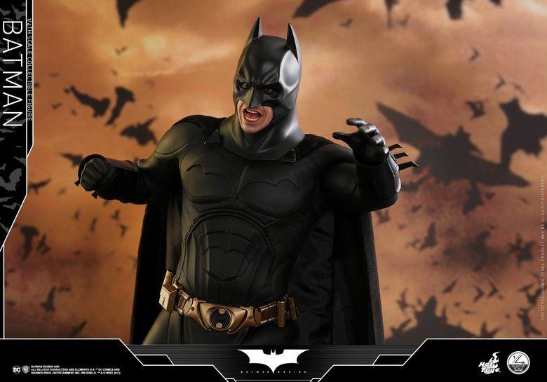 Batman Begins 1/4 (Hot Toys) 01503710