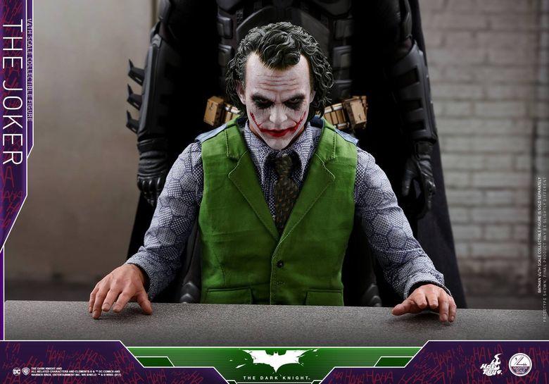 Batman / Joker - The Dark Night 1/4 (Hot Toys) 01532911