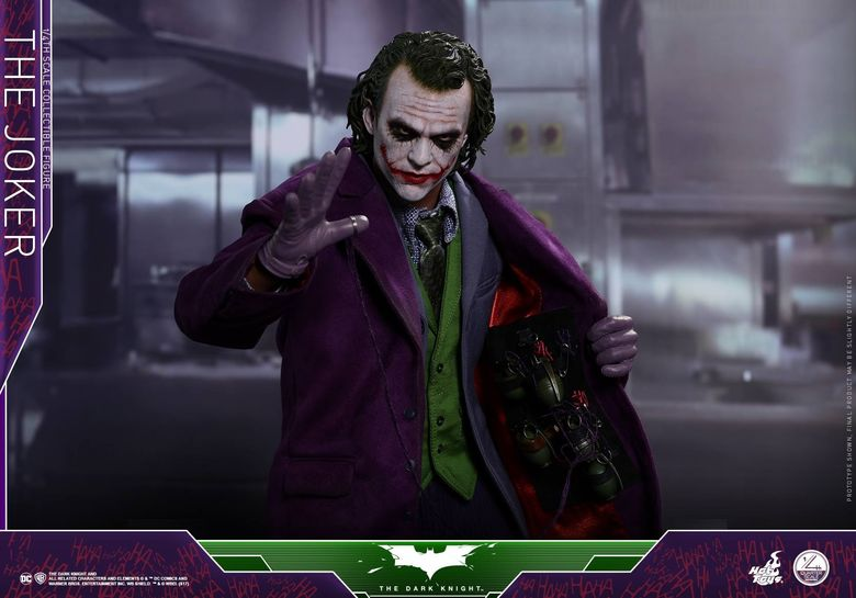 Batman / Joker - The Dark Night 1/4 (Hot Toys) 01543010