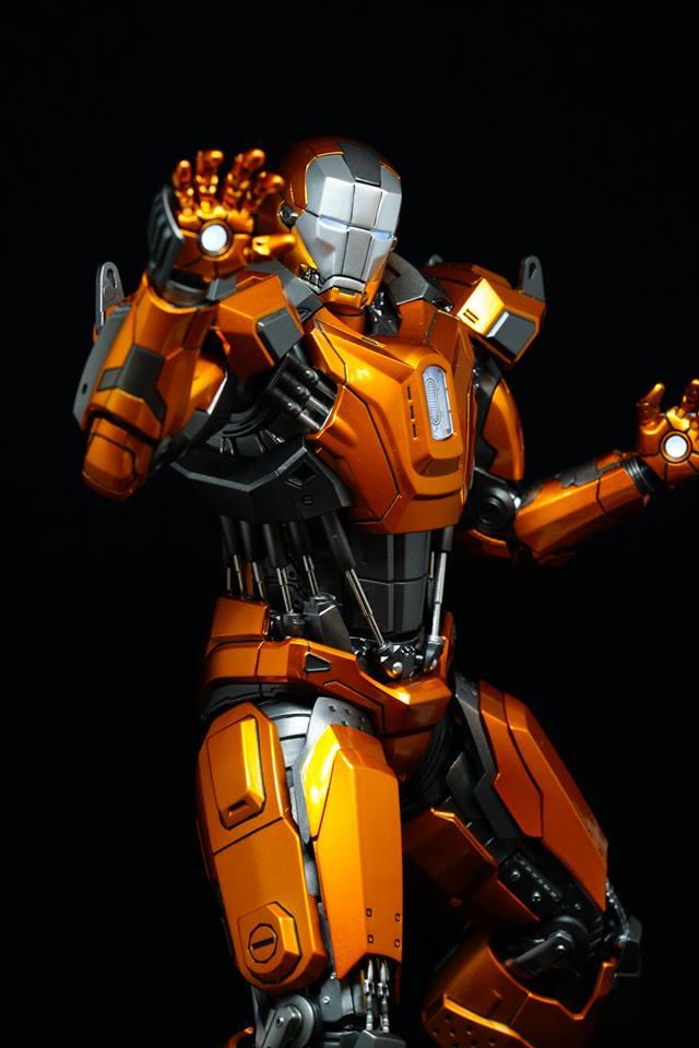 Iron Man 3 - Mark XXXVI/Mark 36 : Peacemaker 1/9 Diecast (King Arts) 20952910