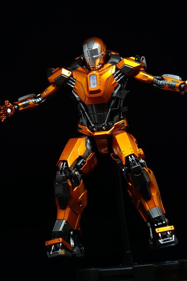 Iron Man 3 - Mark XXXVI/Mark 36 : Peacemaker 1/9 Diecast (King Arts) 20953610