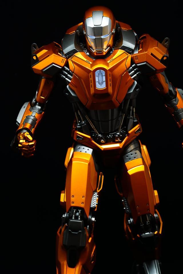 Iron Man 3 - Mark XXXVI/Mark 36 : Peacemaker 1/9 Diecast (King Arts) 20953911