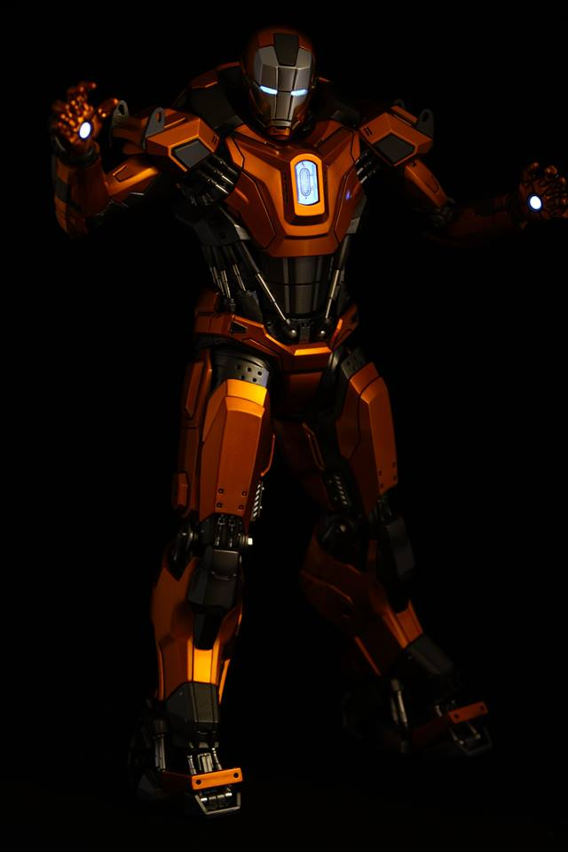 Iron Man 3 - Mark XXXVI/Mark 36 : Peacemaker 1/9 Diecast (King Arts) 20954010