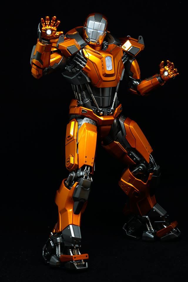 Iron Man 3 - Mark XXXVI/Mark 36 : Peacemaker 1/9 Diecast (King Arts) 21032510
