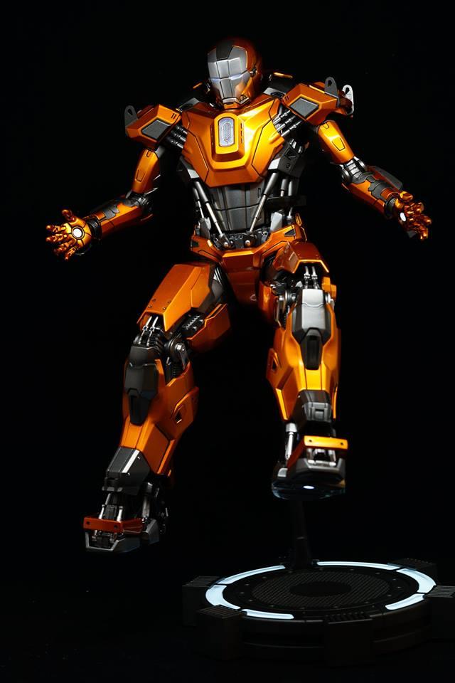 Iron Man 3 - Mark XXXVI/Mark 36 : Peacemaker 1/9 Diecast (King Arts) 21078310