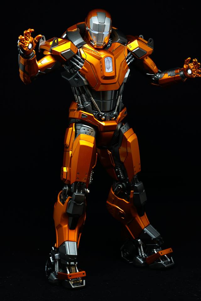 Iron Man 3 - Mark XXXVI/Mark 36 : Peacemaker 1/9 Diecast (King Arts) 21105510