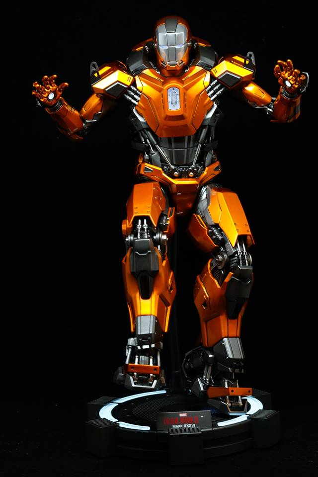 Iron Man 3 - Mark XXXVI/Mark 36 : Peacemaker 1/9 Diecast (King Arts) 21105610