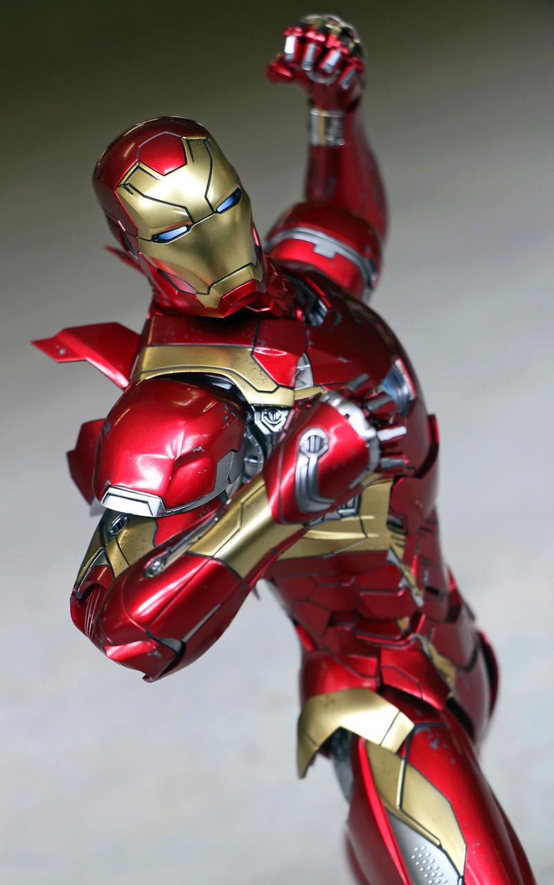 Iron Man Mark XLVI (46) 1/6 - Captain America : Civil War (Hot Toys) 21273311