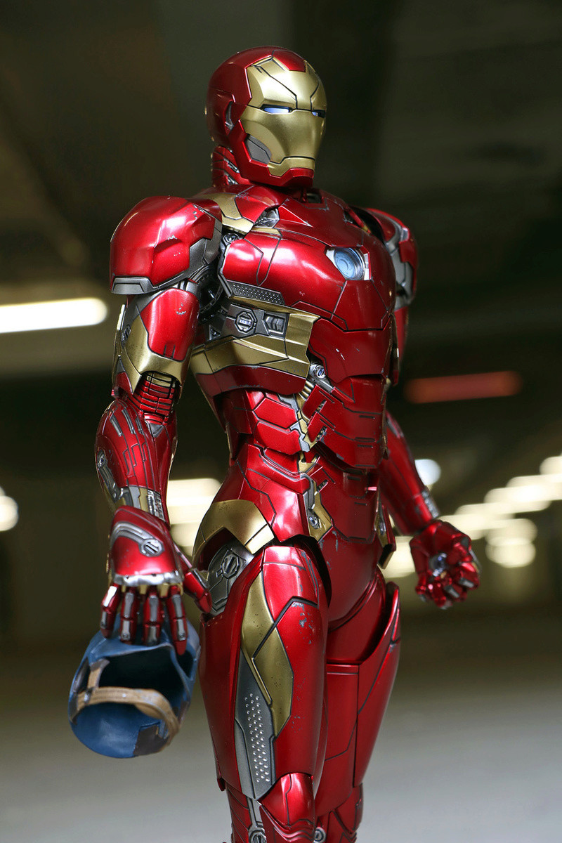 Iron Man Mark XLVI (46) 1/6 - Captain America : Civil War (Hot Toys) 21273411