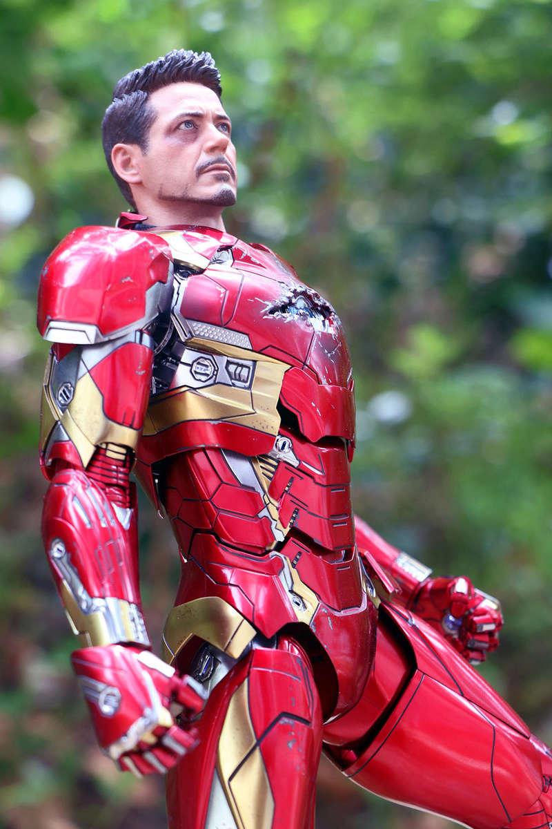 Iron Man Mark XLVI (46) 1/6 - Captain America : Civil War (Hot Toys) 21273413