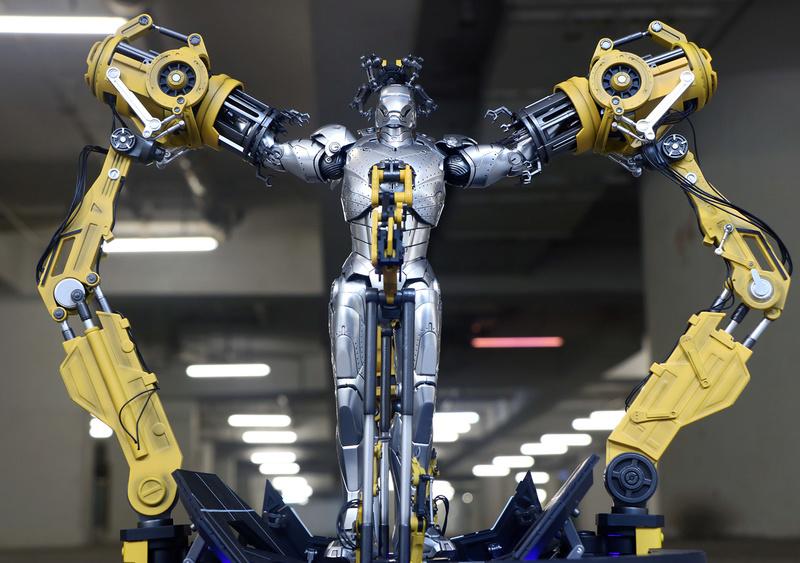 Iron Man 2  - Suitup Gantry Featuring Mark IV - 1/9 Diecast (King Arts) 22351911