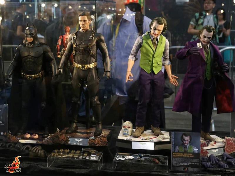 Batman / Joker - The Dark Night 1/4 (Hot Toys) 2qqsky10