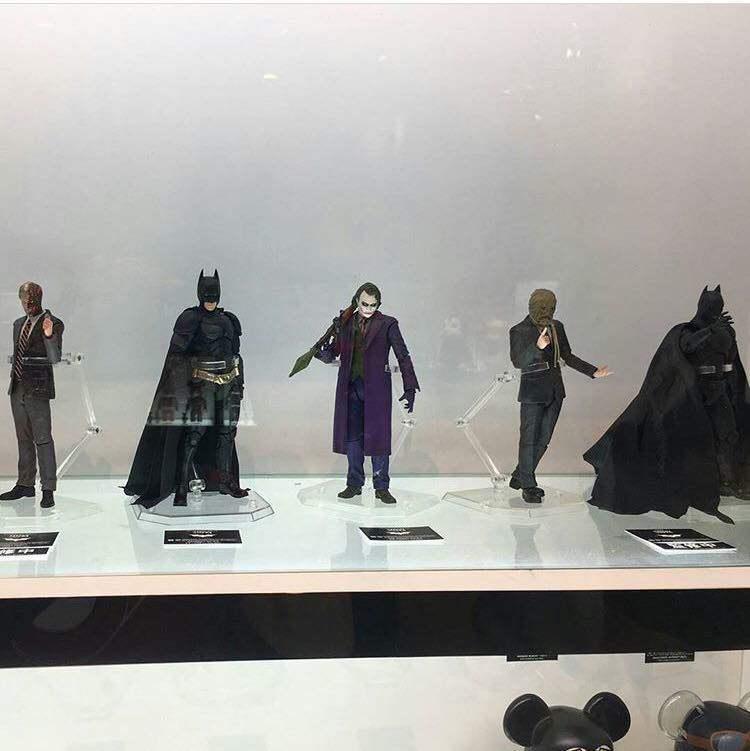 Batman The Dark Knight : Joker Ver.2.0 Mafex (Medicom Toys) W6kemr10