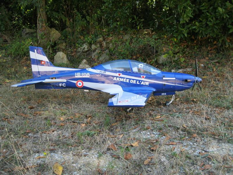 pilatus PC21 aux couleurs de l'armée de l'air  Img_2610