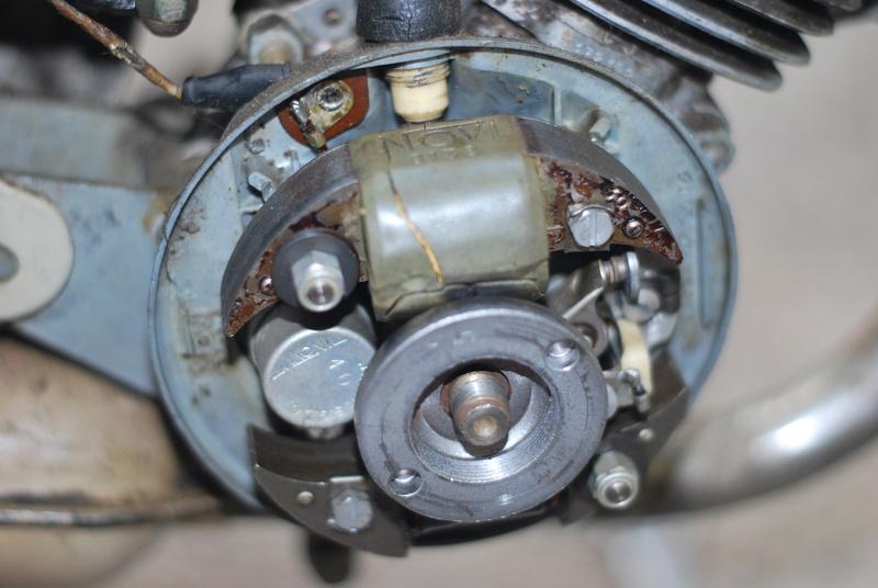 pb allumage av37 1954 Dsc_0510