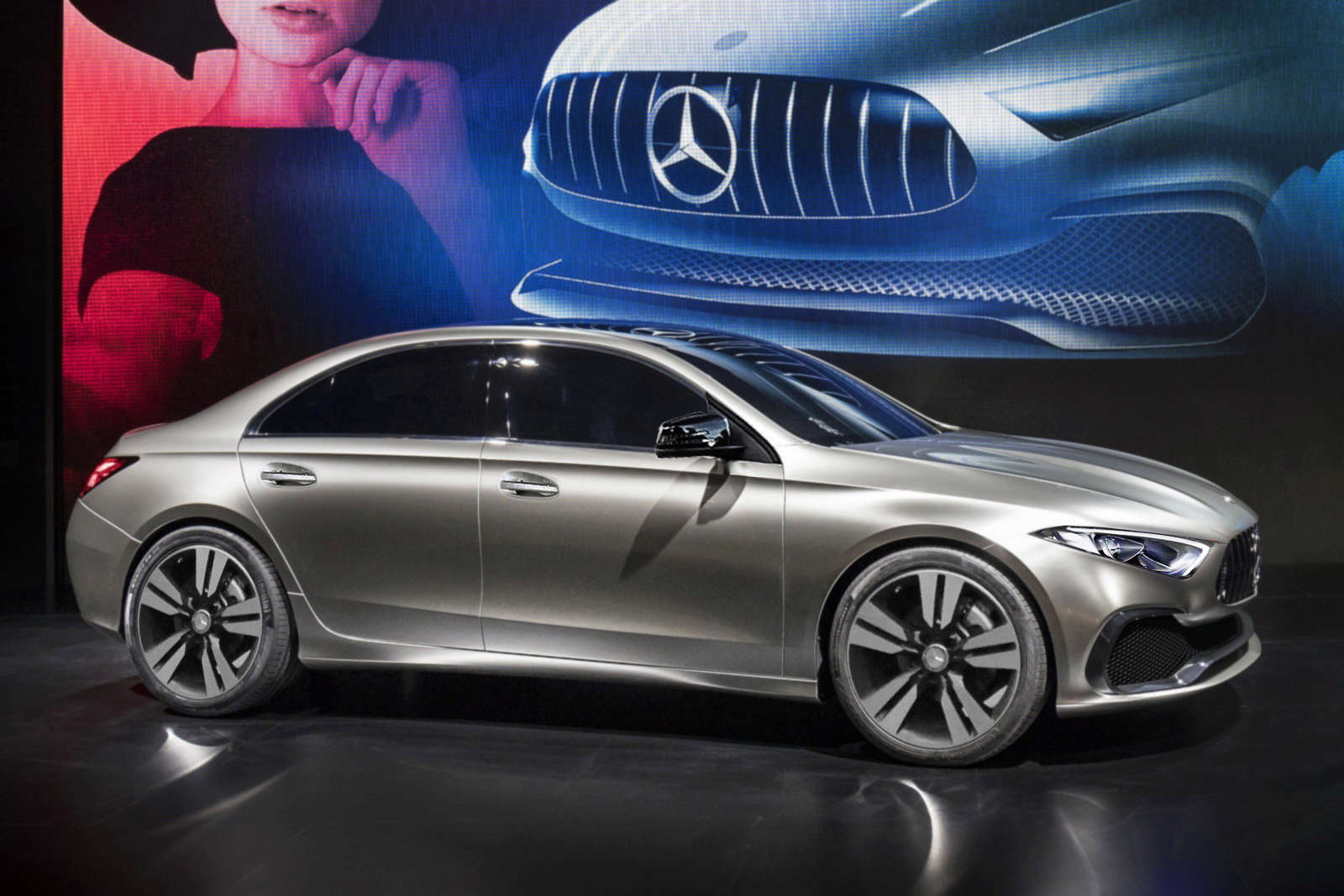 2018 - [Mercedes-Benz] Classe A Sedan Merced10