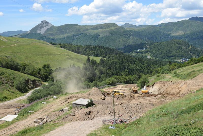 Construction télésiège fixe de la Combe - Chantiers Le Lioran 2017 Dsc_0125