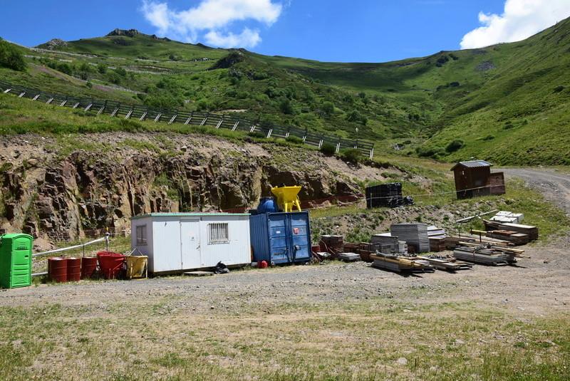 Construction télésiège fixe de la Combe - Chantiers Le Lioran 2017 Dsc_0211
