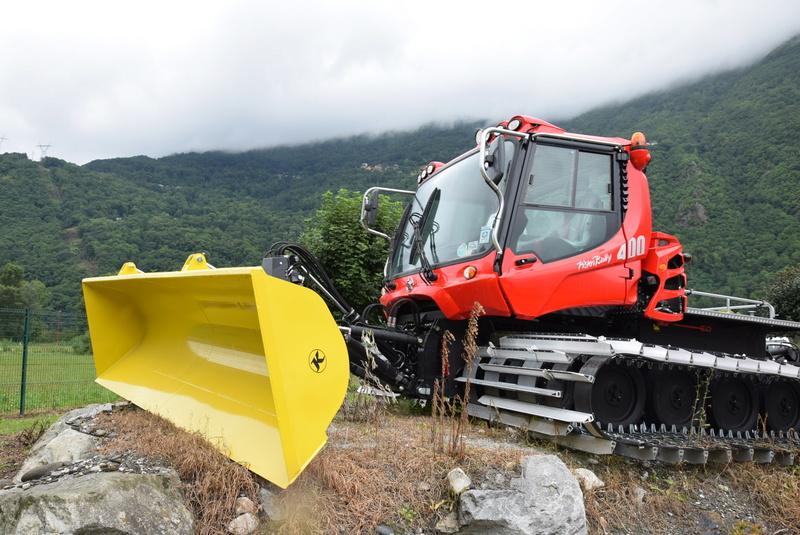 Pistenbully à Tours en Savoie - Kässbohrer ESE Dsc_0510