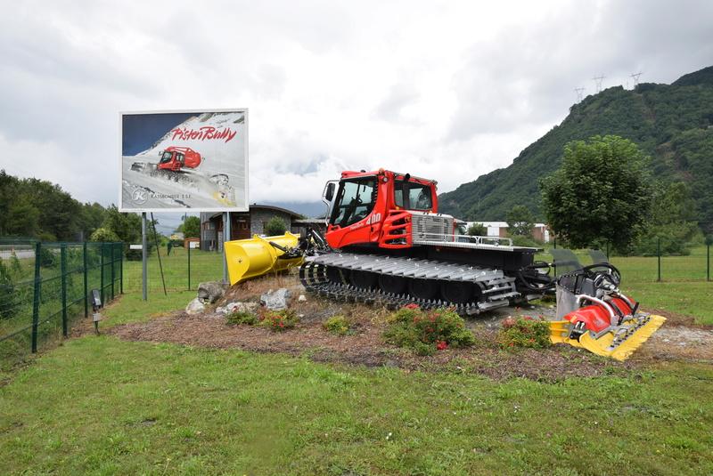 Pistenbully à Tours en Savoie - Kässbohrer ESE Dsc_0511