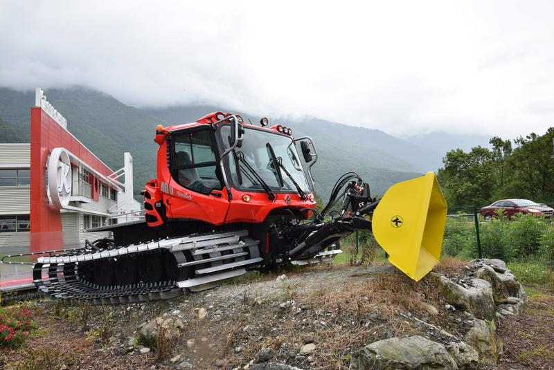Pistenbully à Tours en Savoie - Kässbohrer ESE Dsc_0515